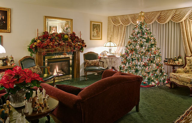 pictures of living rooms decorated for christmas beautifully living room decorated for pictures 27964